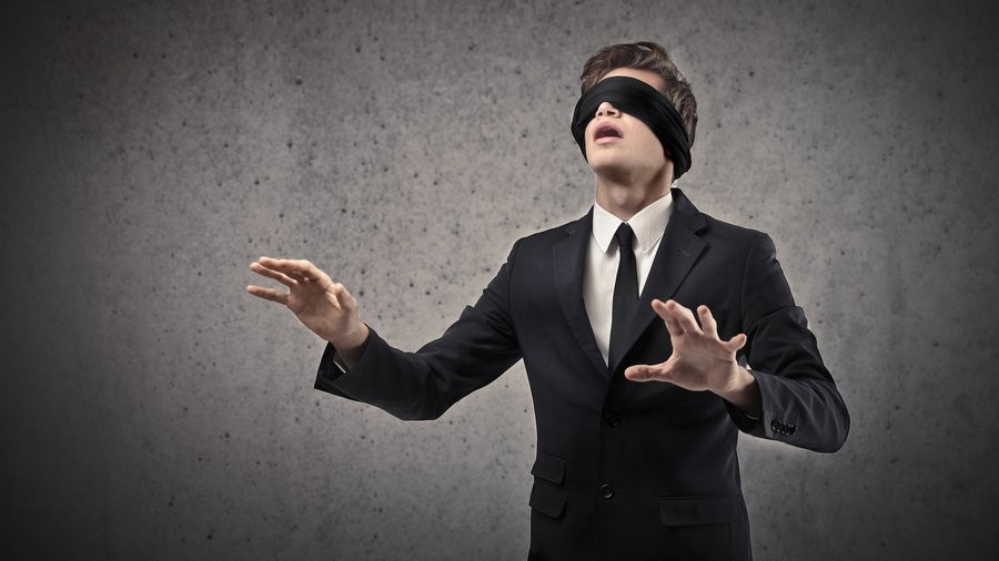 A Blindfold Marketer